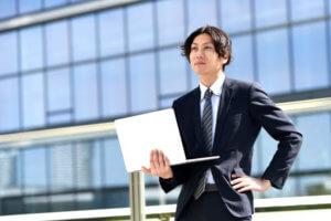高卒転職におすすめの転職先、業界はIT一択ですよ!【おすすめできない業界もご紹介】